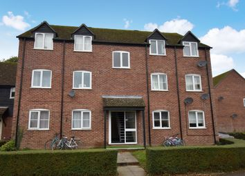 Thumbnail 2 bed flat for sale in Crawford Place, Newbury