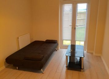 Thumbnail Room to rent in Ron Hill Road, Norwich