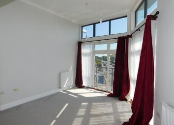 Thumbnail 2 bed flat to rent in Dominion Road, Broadwater, Worthing