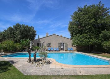 Thumbnail 7 bed property for sale in Eygalieres, Bouches Du Rhone, France