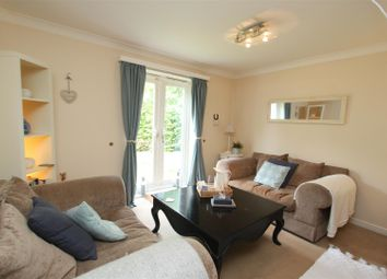 2 bed flat for sale in Caraway Court, Meanwood, Leeds LS6