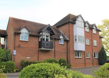 Thumbnail 2 bed flat for sale in South Court, Ingatestone, Essex