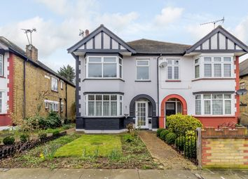 2 bed maisonette for sale in Lodge Avenue, Romford, London RM2