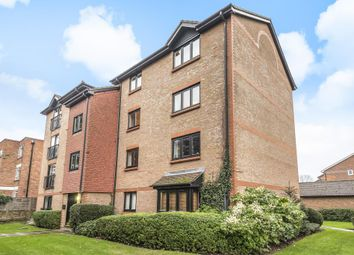 Thumbnail 2 bedroom flat for sale in The Avenue, Surbition