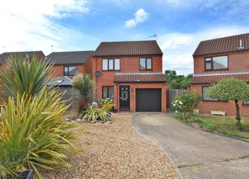 Thumbnail 3 bed detached house for sale in Hillcrest Close, Worlingham, Beccles