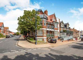 Thumbnail 2 bed property to rent in Wolsey Gardens, Felixstowe