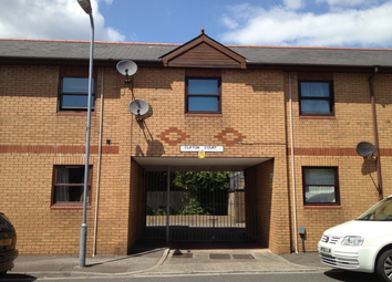 Thumbnail 1 bed flat to rent in Clifton Court, Star St., Cardiff