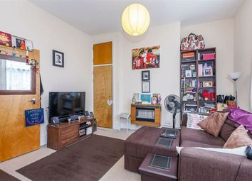 Thumbnail 1 bed flat to rent in Northchurch Road, Islington, Highbury And Islington, London