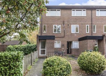 Thumbnail 2 bed flat for sale in Foxwood Close, Feltham