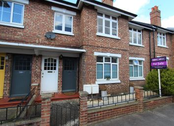 Thumbnail 4 bed maisonette for sale in Strickland Row, Earlsfield