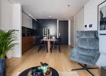 Thumbnail Serviced flat to rent in Bartholomew Close, London