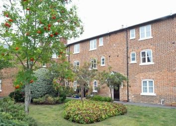 Thumbnail 1 bed flat to rent in The Cloisters, Andover
