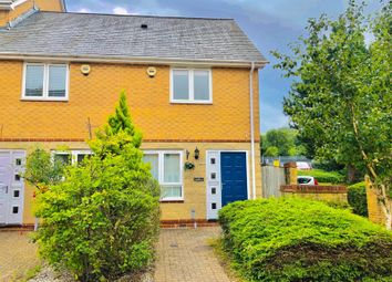 2 bed property to rent in Anchor Road, Penarth CF64