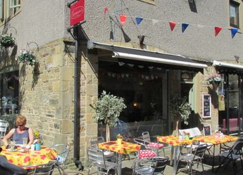 Thumbnail Restaurant/cafe for sale in Victoria Square, Skipton
