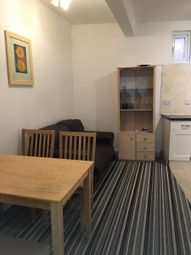 Thumbnail 1 bedroom flat to rent in Flat, Radford Road