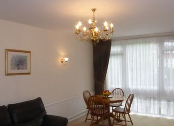 Thumbnail 2 bed flat to rent in Holden Road, Finchley, London