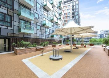 Thumbnail 1 bed property for sale in Lincoln Plaza, South Quay, Canary Wharf, London
