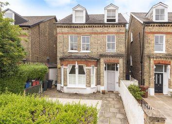 Grosvenor Road, London W4. 2 bed flat
