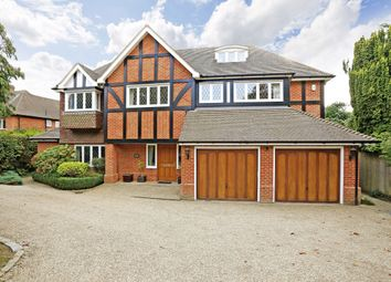 Thumbnail 6 bed detached house to rent in Walkwood End, Beaconsfield
