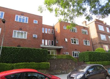 Thumbnail 3 bed flat to rent in South Close, Highgate