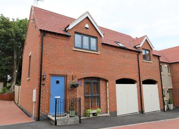 Thumbnail 3 bedroom semi-detached house for sale in Manor View Close, Worthington