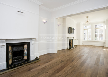 Thumbnail 3 bedroom flat to rent in Primrose Gardens, Hampstead