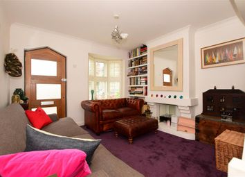 Thumbnail 2 bed cottage for sale in Englands Lane, Loughton, Essex