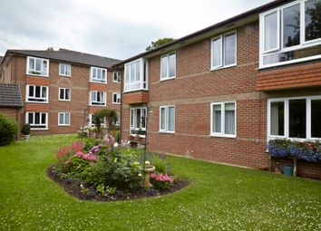 Thumbnail 2 bed flat for sale in New Road, Crowthorne