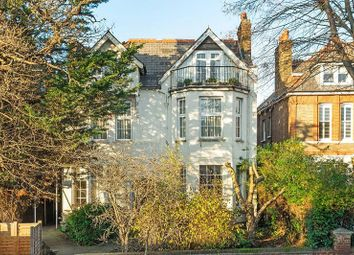 Thumbnail 1 bed flat to rent in Madeley Road, Ealing, London.