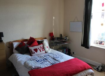 Thumbnail 3 bed flat to rent in Priestley Street, Sheffield