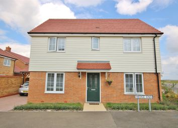 Thumbnail 3 bed detached house for sale in Hedge End, Walton On The Naze