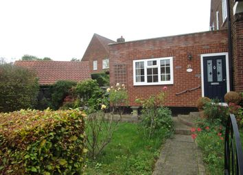 Thumbnail 4 bedroom property to rent in Blakemere Road, Welwyn Garden City