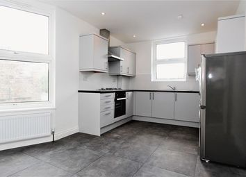 Thumbnail 3 bedroom flat to rent in Whittington Road, London