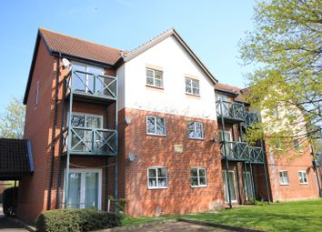 2 bed property to rent in Admirals Court, Rose Kiln Lane, Reading RG1