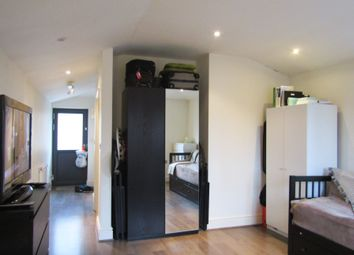 Thumbnail Studio to rent in High Street, Walthamstow