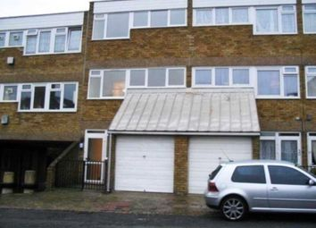 Thumbnail Room to rent in Halsmere Road, London