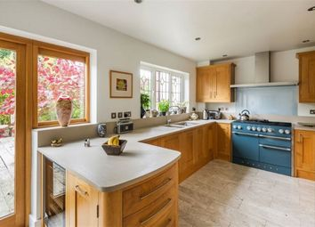 Thumbnail 6 bed detached house to rent in Grassy Lane, Sevenoaks