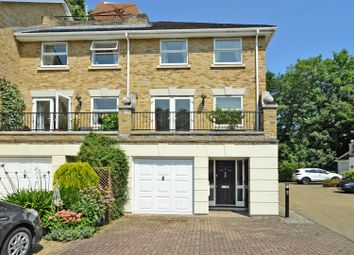 Penners Gardens, Surbiton KT6. 4 bed end terrace house