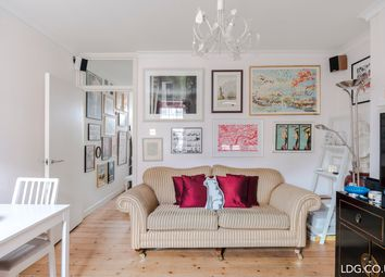 Thumbnail 2 bedroom flat for sale in Fernsbury Street, Clerkenwell, London