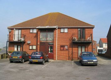 Thumbnail 1 bed flat to rent in Golf Road, Deal
