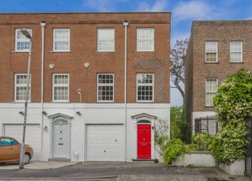 Thumbnail 4 bed town house for sale in Sussex Gardens, Highgate, London