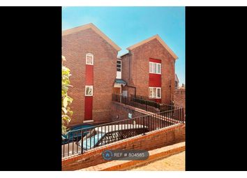 2 bed flat to rent in St. Marys Grove, Reading RG1