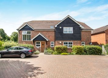 Thumbnail 2 bed flat for sale in Childsbridge Lane, Seal, Sevenoaks