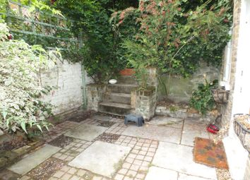 Thumbnail 2 bedroom property to rent in Highgate West Hill, London