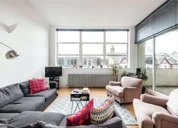 Thumbnail 2 bed flat for sale in Corsica Street, London
