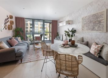 Thumbnail 1 bedroom flat for sale in Packington Square, Islington