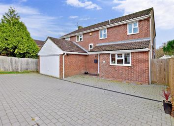 Thumbnail 4 bed detached house for sale in The Paddock, Maresfield, Uckfield, East Sussex