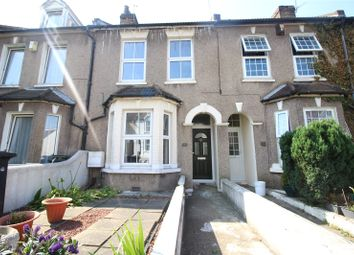 3 bed terraced house to rent in Old Road West, Gravesend, Kent DA11