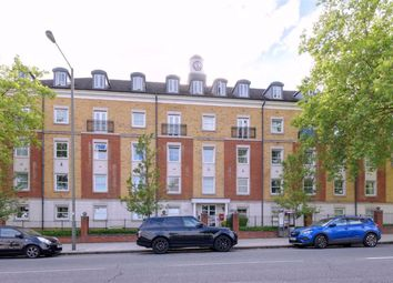Thumbnail 2 bed flat for sale in High Road, North Finchley, London