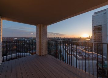 Thumbnail 2 bed flat for sale in Heygate Street, Elephant And Castle, London
